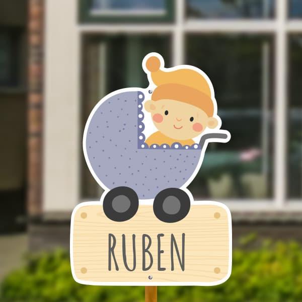 Geboortebord voor in de tuin - Kinderwagen met baby jongen - Paars
