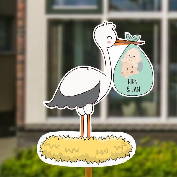 Geboortebord voor in de tuin - Ooievaar op nest met tweeling - Mintgroen