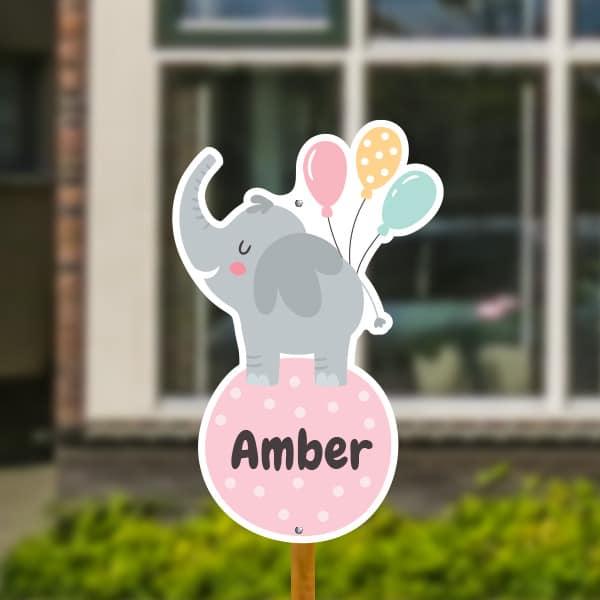 Geboortebord voor in de tuin - Olifantje met ballonnen - Roze