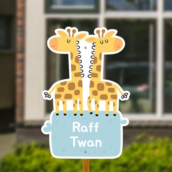 Geboortebord voor in de tuin - Tweeling giraffen - Grijsblauw