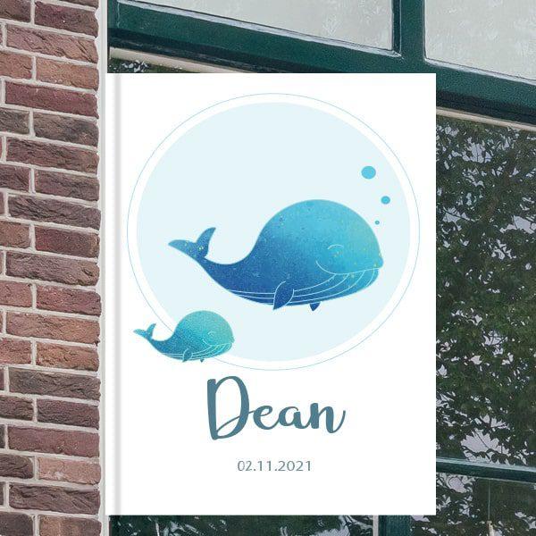 Geboortebord voor aan het raam - Walvis met baby walvis - Blauw