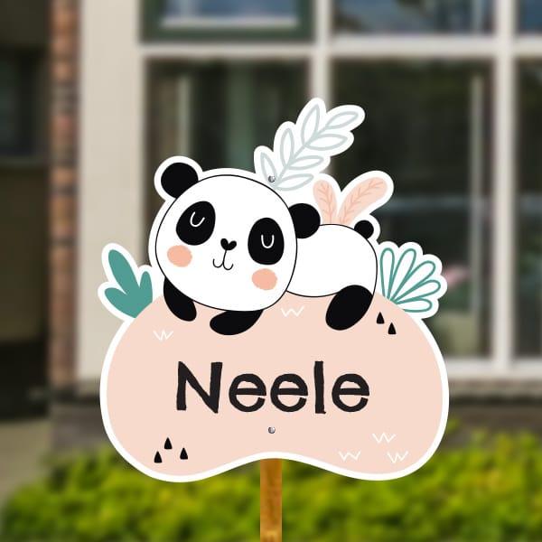 Geboortebord voor in de tuin - Panda met tropische bladeren - Zalmroze